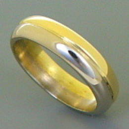 Mens two coloured gold Wedder