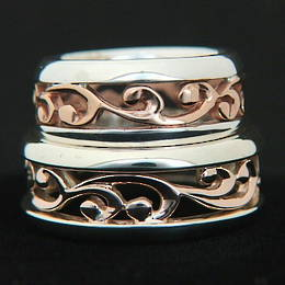 2x Ring set, R251 Rose Gold and Silver carved koru bands